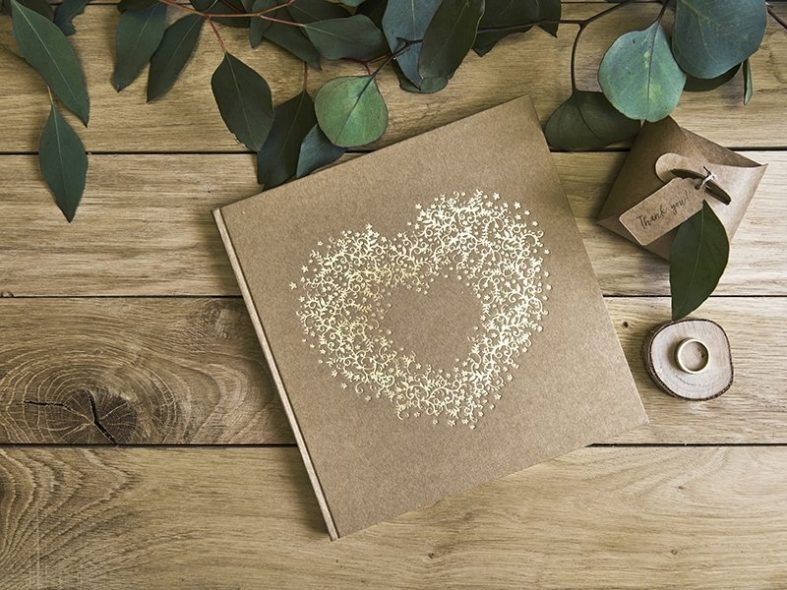 Luxusní béžová svatební kniha