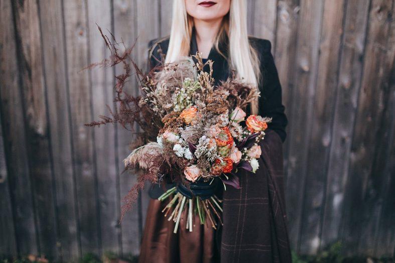 Netradiční kytice ze sušených růží