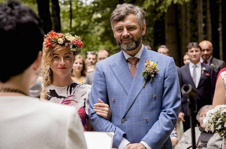 Světle modré dvouřadé svatební sako na míru