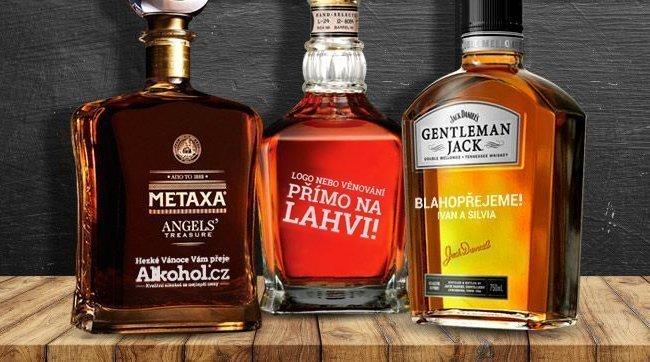 Gravírování lahví s alkoholem