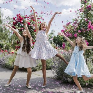 Smile Kids – šaty pro malé družičky