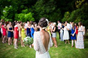 Svatební tradice - házení svatební kytice