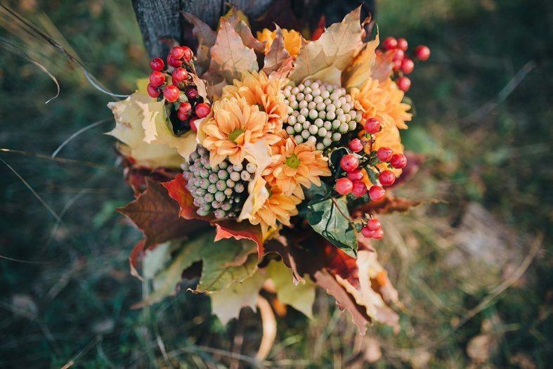 Podzimní svatební kytice s listím