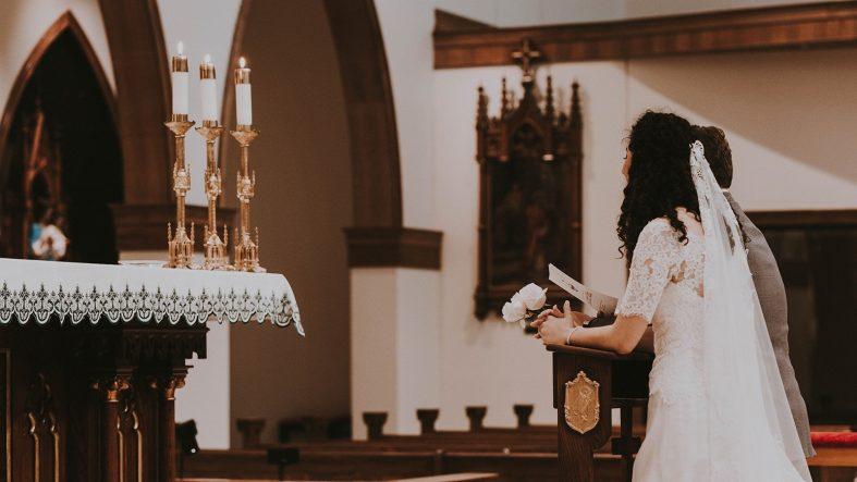 Postup svatby v kostele