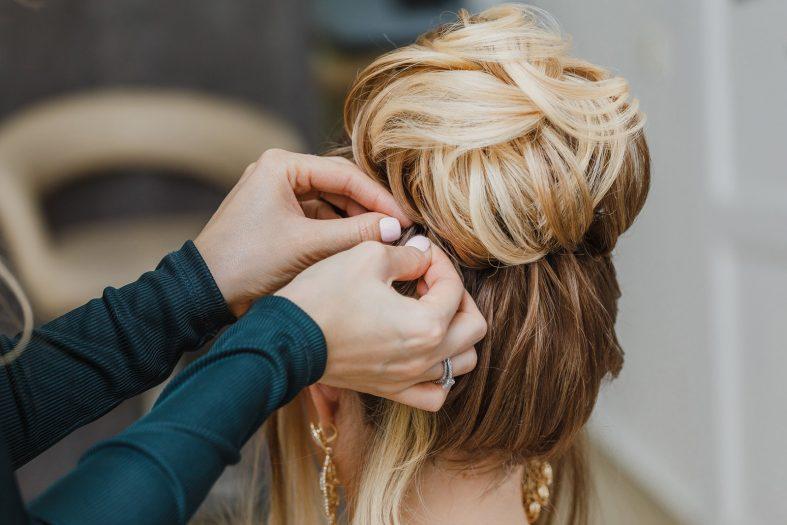 Zkouška svatebního účesu