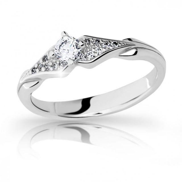 Zásnubní prsten z bílého zlata s diamantem, DF 2104