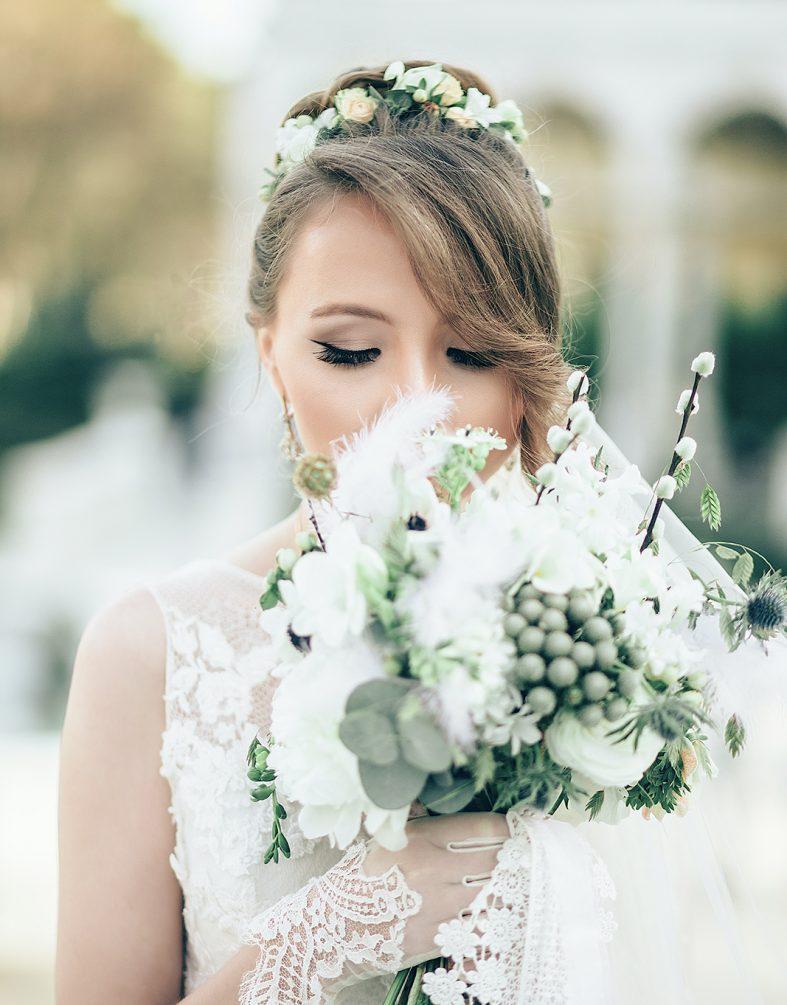 Svatební věnec sladěný se svatební kyticí