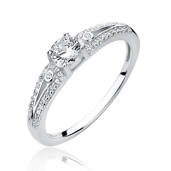 4211 Stříbrný zásnubní prsten