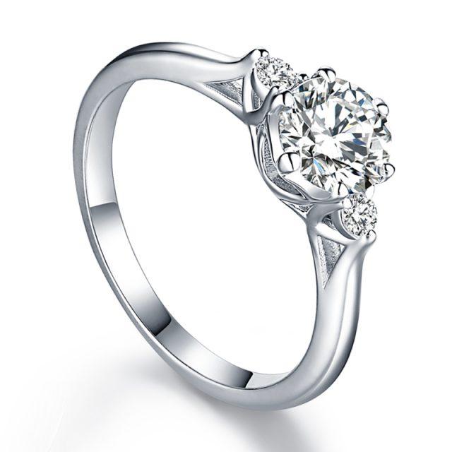 OLIVIE Zásnubní stříbrný prsten BEVERLY 5081