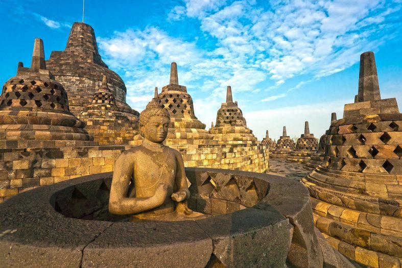 Chrámový komplex Borobudur, ostrov Magelang