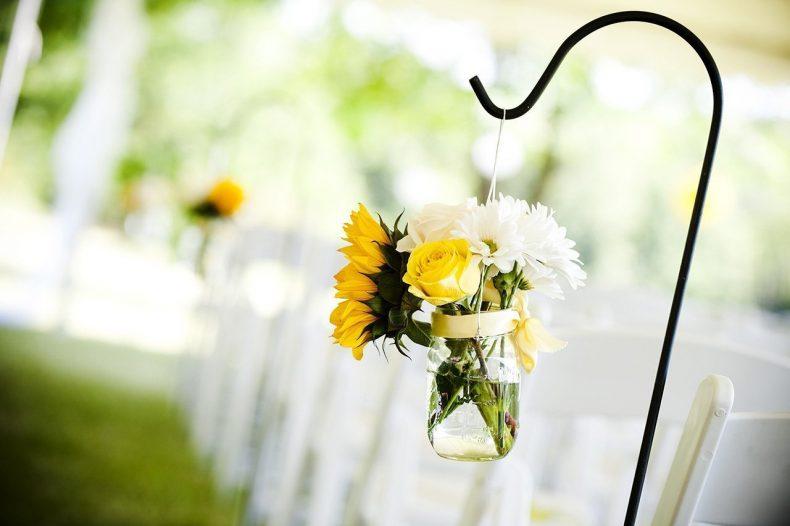 Květinová dekorace svatebního průvodu