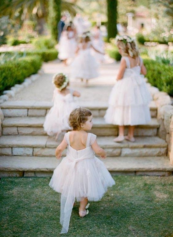 Dívčí šaty pro družičku