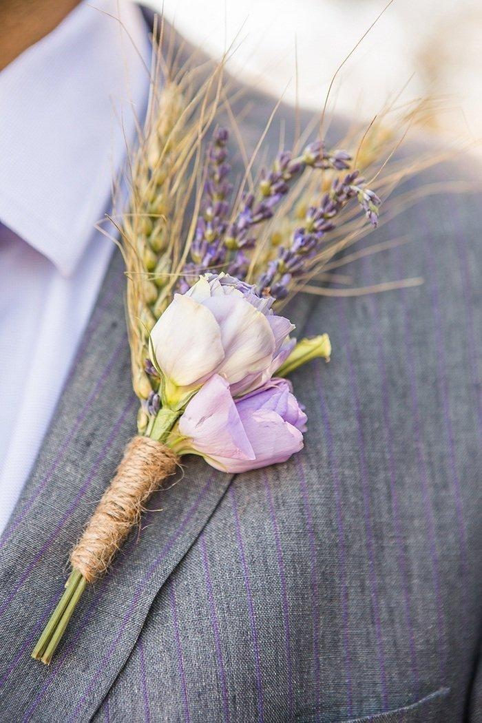Korsáž pro ženicha z růžičky a obilí