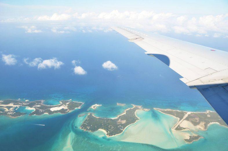 Letecký pohled na Bahamské ostrovy