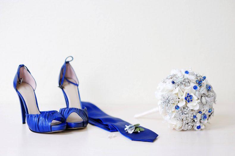 Modré svatební střevíce
