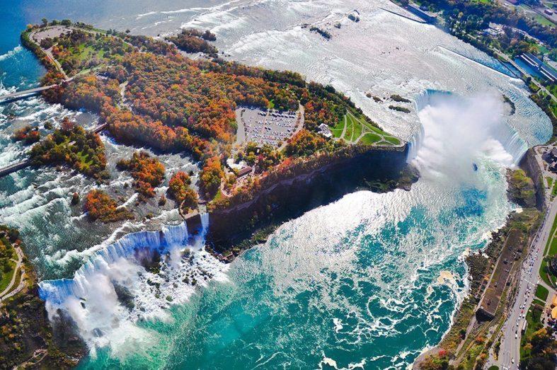Niagarské vodopády - kanadská strana, provincie Ontario