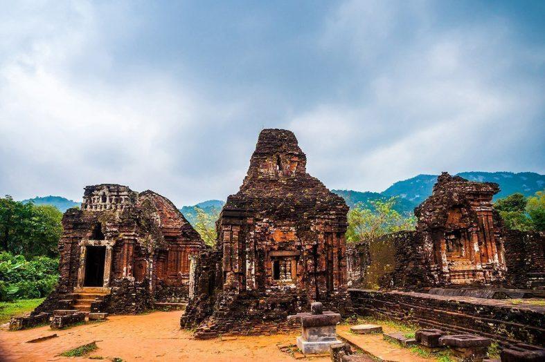 Ruiny hinduistického chrámu My Son, nedaleko města Hoi An