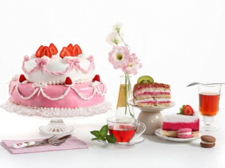 Růžovo-bílé svatební dortíky