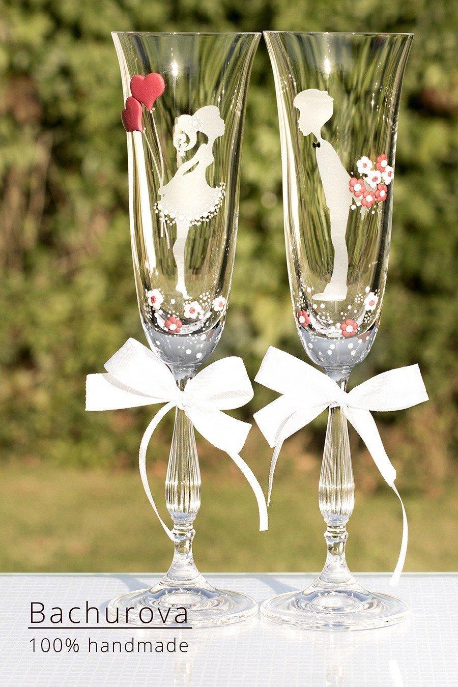 Skleničky na svatební přípitek
