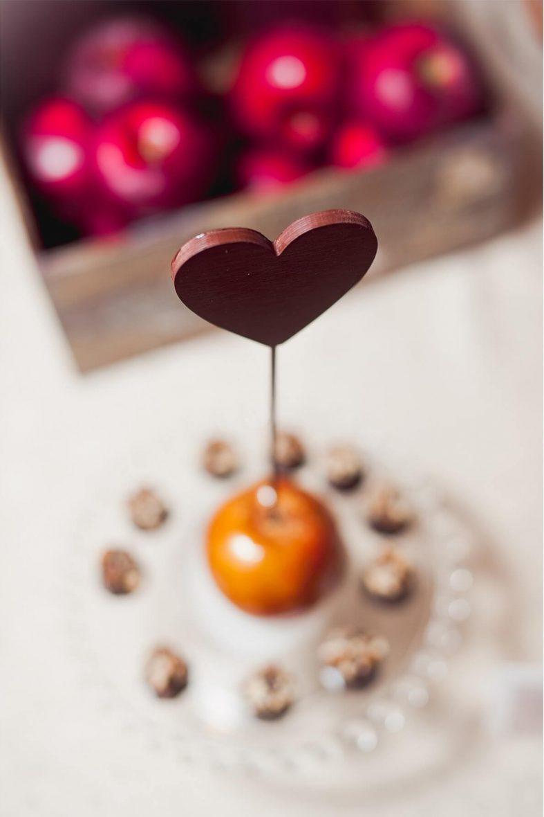 Sladká jablka v karamelu