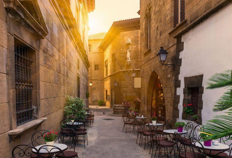 Při svatební cestě ve Španělsku se můžete těšit na romantická zákoutí