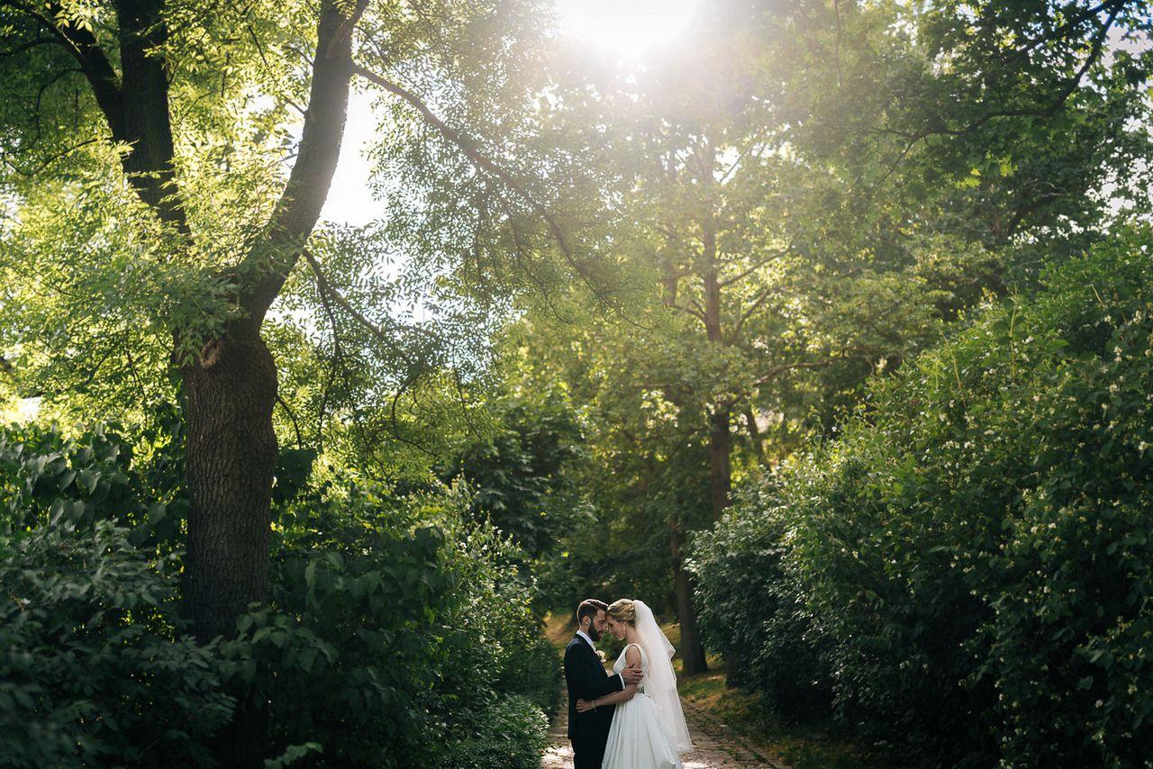 Svatební focení v lesním zátiší
