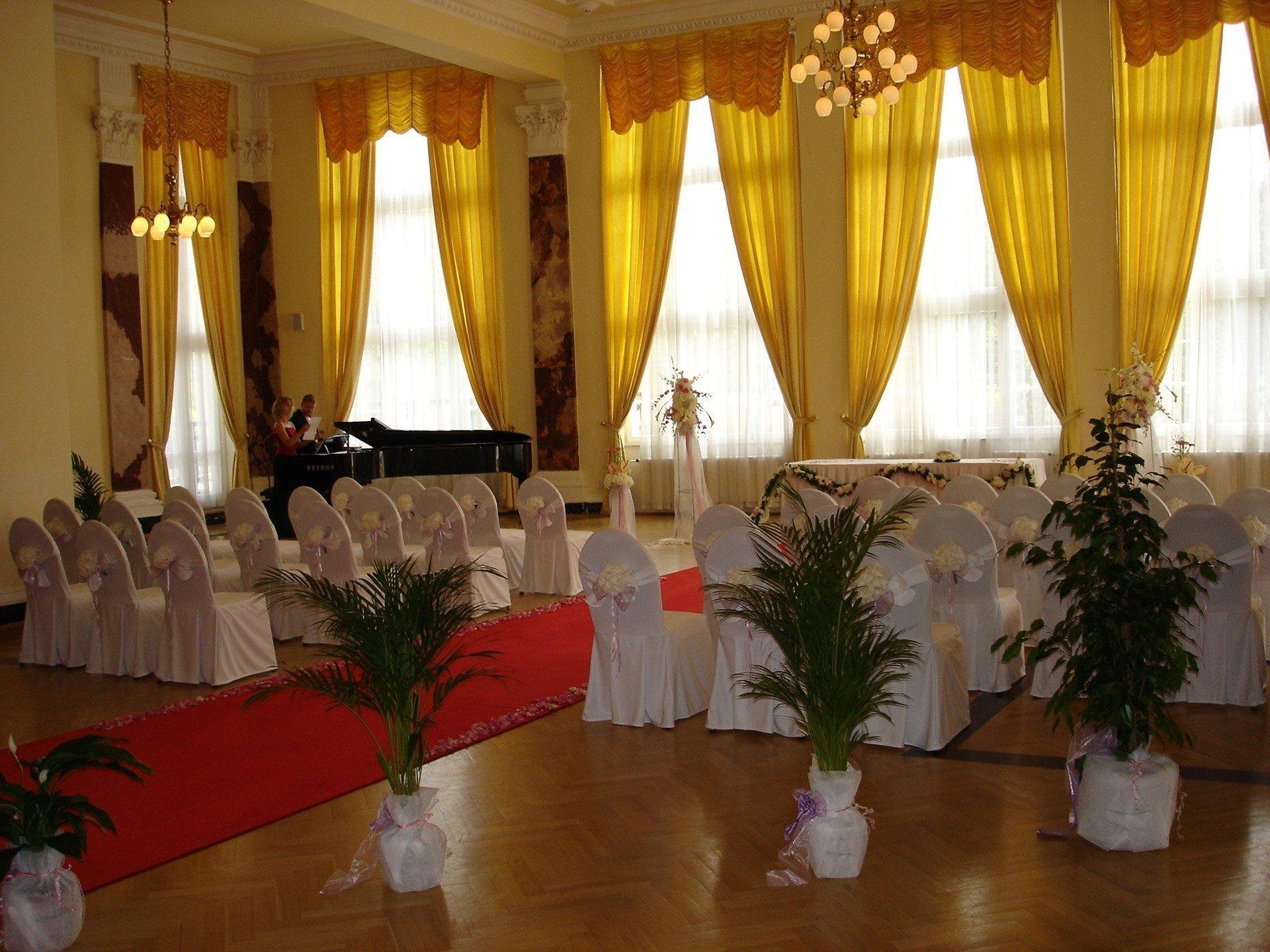 Svatební obřad v Hotelu Imperial