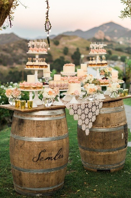 Svatební zákusky na barelu