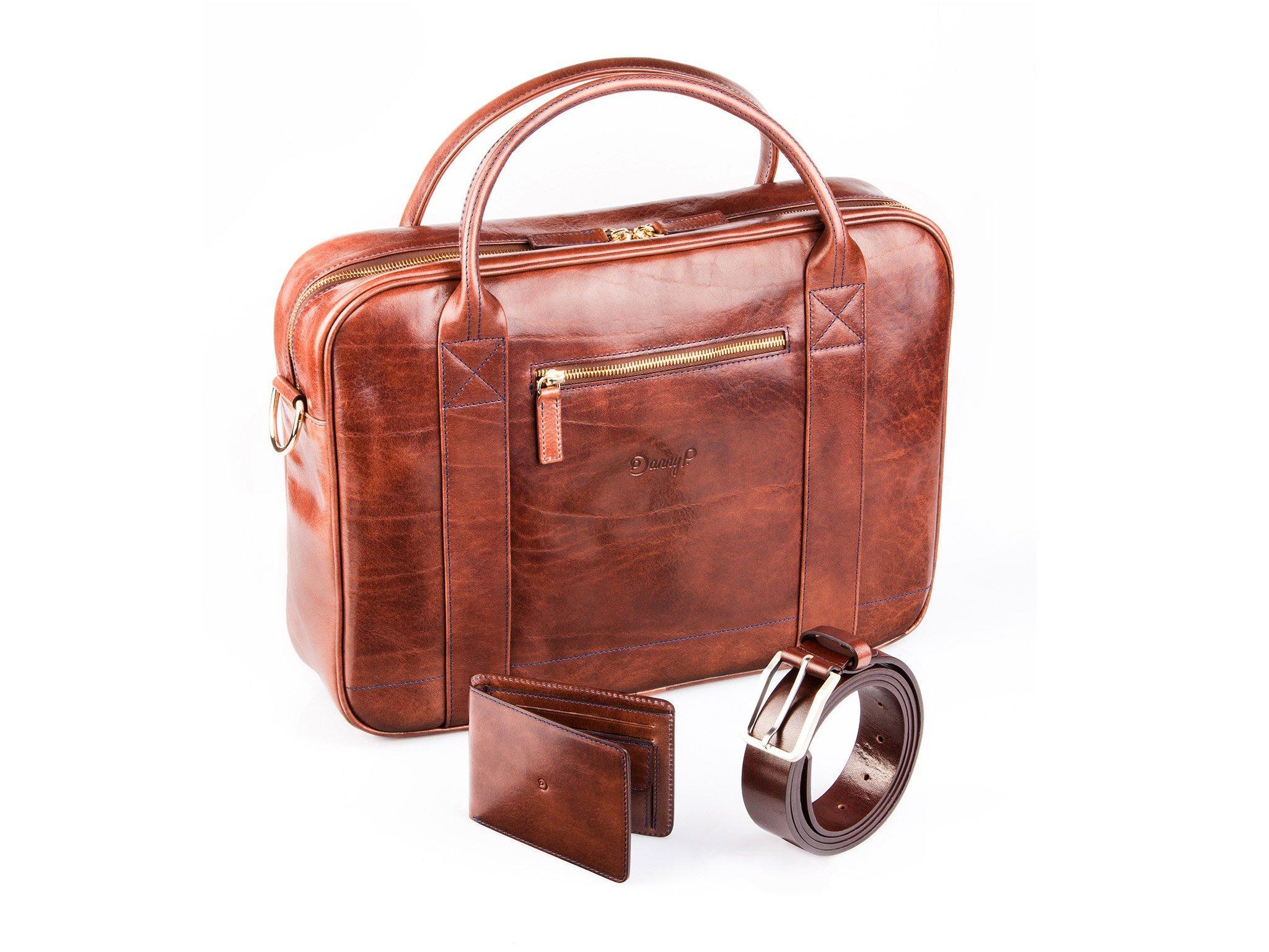 Tmavě hnědý set: pásek, taška, peněženka